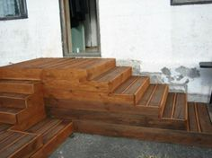 Pallet Deck - whole pallets were stacked on top of one another on a leveled yard! Pictures of the process are shown.