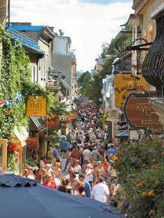 Quebec City - Rue du Petit-Champlain
