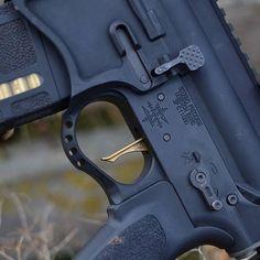 That #argold @americantrigger Via @w5_fauxtography  #FlatTriggerFriday  #argold #goldtriggersnob #blackrifle #556 #sickguns #igguns #weaponsfanatics  #firearmsphotography #weaponsdaily #ar15 #arporn #2ndamendment #2A #gunfanatics #gunsdaily #gunpics #gunporn  #daily_badass #gundose  #gunsdailyusa  #sickgunsallday #igmilitia #gun #guns #iggunslingers #jessetischauser