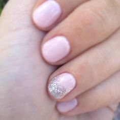 Wedding Manicure - ballet pink with a bit of glitter on the ring finger - pretty. Want so bad Wedding Day Nails, Wedding Manicure, Glitter Wedding, Glitter Party, Bridal Nails, Pink Nails, Glitter Nails, Pink Glitter, Sparkle Nails