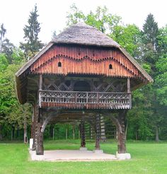 Today's cabin in the woods. This is impressive. it would sure make an eye-catching cabin Tourist Agency, Timber Architecture, Slovenia Travel, Enjoy Your Vacation, Unusual Homes, Outdoor Playground, Paragliding, Romantic Places, Architectural Features