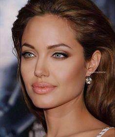 Angelina Jolie Fotos, Angelina Jolie Makeup, Angelina Joile, Angelina Jolie Style, Angelina Jolie Blonde, Angelina Jolie Hairstyles, 90s Makeup, Beauty Makeup, Makeup Eyes