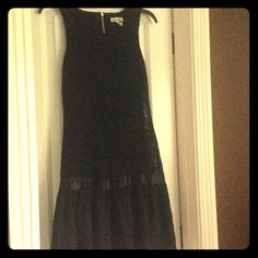 Lace sleeveless dress Lace sleeveless dress. Has a zipper on the back. Condition: like new, only been worn once. Dresses