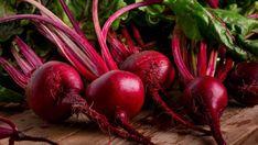 Červená řepa už dávno není výsadou školních kuchyní. Udělejte si léčivý likér nebo pleťovou masku | Náš REGION