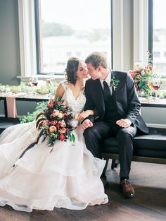 Lush and modern inspiration brought indoors. Styled Shoot from Jordan Brittley Photography and featured on Grey Likes Weddings.