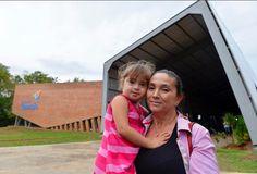 En el Centro de Rehabilitación Teletón de Coronel Oviedo préstamos atención a 536 niños niñas y adolescentes prestando así 30.378 atenciones en el 2016.