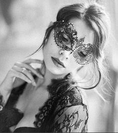 Berenice with strass www.it Berenice with strass www. Venetian Masquerade, Masquerade Ball, Coachella, Venice Mask, Salon Art, Female Mask, Lace Mask, Steampunk Cosplay, Christian Louboutin