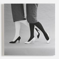 Black and white shoes, 1959 - Photo John French Black And White Canvas, Black And White Shoes, William Klein, Vintage Fashion Photography, Photography Shop, Photographic Studio, Vintage Mode, Ana White, Black And White Photography