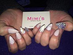 Stiletto crystal nails