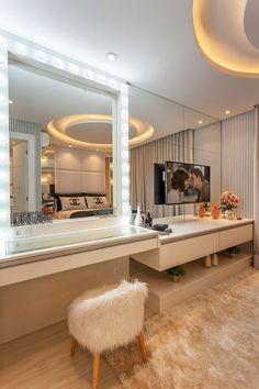 Bedroom Bed Design, Room Ideas Bedroom, Girl Bedroom Designs, Bedroom Decor, Luxury Bedroom Design, Home Design Decor, Home Interior Design, Design Ideas, Interior Plants