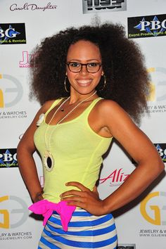 so Elle Varner ... got that natural beauty and talent .. 2 latest singles ... are HIT