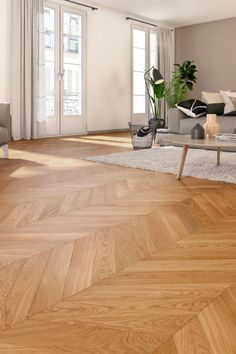 ¿Parquet en espiga, marquetería o chevron? House Design, House, Floor Design, Home, Bedroom Interior, Hardwood Floors, New Homes, Interior Design Styles, Flooring