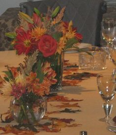 thanksgiving table centerpieces fall colors by Two River Design