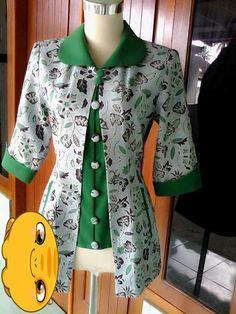 Batik idea Frock Fashion, Batik Fashion, Fashion Dresses, Blouse Batik, Batik Dress, Elegant Dresses For Women, Stylish Dresses, Dress Batik Kombinasi, Mode Batik