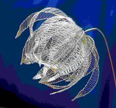 Balloon flower made of steel wire, design: Birgit Hartel Hairpin Lace Crochet, Wire Crochet, Crochet Edgings, Crochet Motif, Crochet Shawl, Wire Flowers, Balloon Flowers, Faux Flowers, Bead Loom Patterns