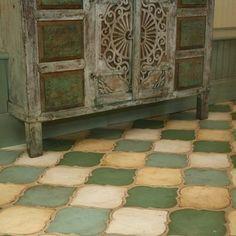 bathroom ideas with san felipe and fleur de lis tile - Google Search