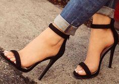 Sandália de duas tira preta