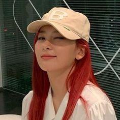 Kpop Girl Groups, Kpop Girls, K Pop, Mamamoo, Cute Girls, Cool Girl, Baby Girls, Hair Icon, Kang Seulgi