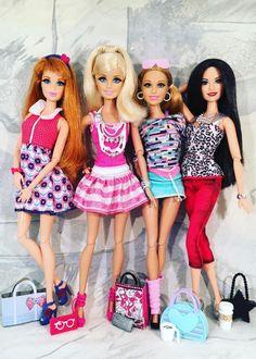 Barbie Barbie, Vintage Barbie Dolls, Beautiful Dolls, Lily Pulitzer, Miniatures, 1, Culture, Boots, Dresses