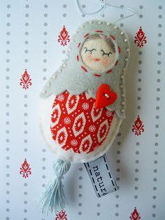 red, blue & white - my doll - felt/wool