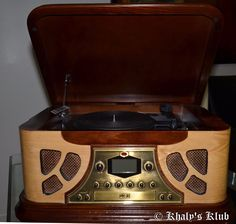 Spirit Of St. Louis New York Vintage Record Player/radio/cd Player Like New