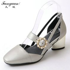 (29.00$)  Watch here - http://aimkm.worlditems.win/all/product.php?id=32790439970 - Fanyuan Big Size Pumps Women Shoes Thick Med Heel 6 cm Square Toe Mary Jane Pump 2017 Summer Lady Sexy Party Shoes Flower Buckle