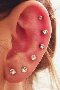 I've got several piercings in both ears. Not as many as this woman has in the photo but currently 3 piercings in each ear. Cute Ear Piercings, Body Piercings, Cartilage Piercings, Ear Peircings, Lobe Piercing, Piercing Tattoo, Beads Jewelry, Copper Jewelry, Nose Jewelry