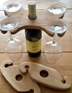 Wine glasses holder for 4 and 2 glasses (Cool Diy Projects) Woodworking Videos, Woodworking Plans, Woodworking Projects, Woodworking Furniture, Small Wood Projects, Cool Diy Projects, Rustic Wine Racks, Wine Glass Holder, Wine Bottle Crafts