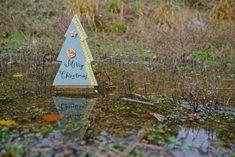 Έλατο ξύλινο Merry Christmas, με δαντέλα, αστεράκι και κύκλο, βεραμάν Christmas Decorations, Christmas Ornaments, Holiday Decor, Merry Christmas, Home Decor, Merry Little Christmas, Decoration Home, Room Decor, Christmas Jewelry