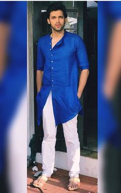 So handsome parth Suit Fashion, Mens Fashion, Mens Kurta Designs, Blouse Designs, Strong Woman Tattoos, Kurta Men, Handsome Arab Men, Crush Pics, Woman Sketch
