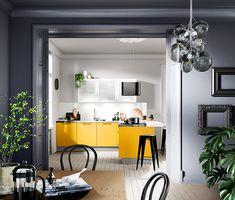 Yellow Kitchen design – 2019 Trendy Bright Decor for Today's Homes Yellow Kitchen Designs, Yellow Kitchen Decor, Kitchen Decor Themes, Kitchen Colors, Home Decor, Kitchen Showroom, Apartment Kitchen, Deco Design, Küchen Design