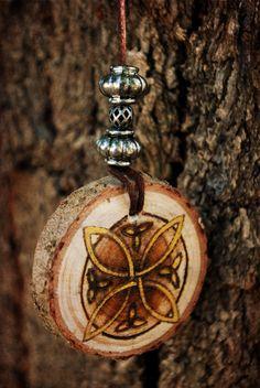 neirahda:  Celtic wood pendant, available *here*
