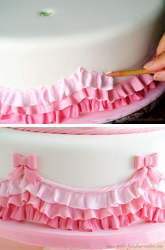 Love the bows and rope look to finish off the ruffles How to make fondant ruffles.