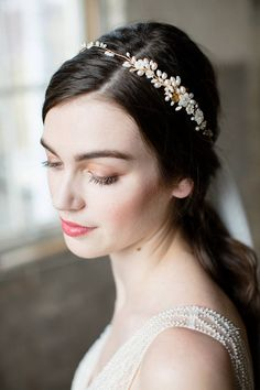 Hey, I found this really awesome Etsy listing at https://www.etsy.com/listing/183110459/bridal-headpiece-wedding-hair-vine