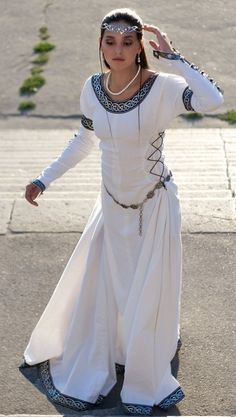 Chess Queen - medieval dress renaissance clothing