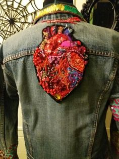 My embroidered heart. Arredo Tattile.
