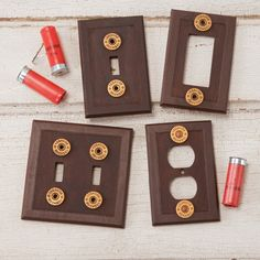 Shotgun Shell Switchplates- for dad Shotgun Shell Art, Shotgun Shell Crafts, Shotgun Shells, Bullet Casing Crafts, Bullet Crafts, Ammo Crafts, Diy And Crafts, Bullet Shell, Reno