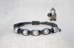 Hemp macrame bracelet w faux pearl beads_hemp by BabyJaneLimited