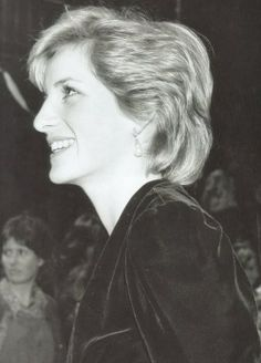 1985-04-02 Diana and Charles attend a Dinner at the Italian Embassy, hosted by the Italian Ambassador and Signora Cagiati