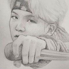 Bts ideas pencil drawings in 2019 dibujos a lápiz, mejores dib Kpop Fanart, Portrait Au Crayon, Pencil Portrait, Kpop Drawings, Pencil Drawings, Bts Suga, Drawing Sketches, Drawing Ideas, Anime