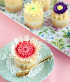 servieren Cupcakes Blüten Deko Ideen Form süß