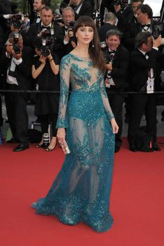 Frédérique Bel, toute en transparenceFleur Pellerin attends the Opening Ceremony at La Tete haute red carpet during the 68th Cannes Film Festival on May 13, 2015 in Cannes, France.