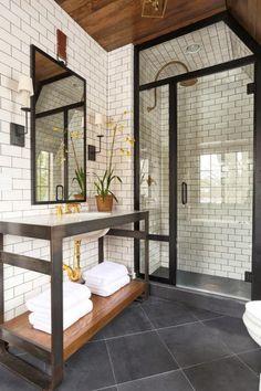 * wunderkammer *: Metro Fliesen im Badezimmer /// Azulejos de metro en el baño /// Subway tiles in the bathroom