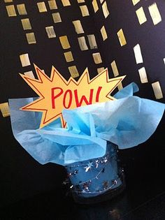 Super hero party table decoration (and other ideas)
