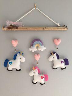 Móvil de Driftwood de unicornio por HeartFELTHangables en Etsy