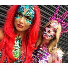 Halloween Rave, Halloween Fashion, Halloween Kostüm, Halloween Face Makeup, Face Gems, Face Jewels, Candy Skull Makeup, Festival Makeup Glitter, Extreme Makeup