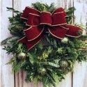HOW TO MAKE THE EASIEST LIVE WREATH EVER!