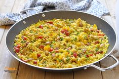 Paella Valenciana, Fried Rice, Risotto, Fries, Food And Drink, Chinese, Meat, Ethnic Recipes, Pizza