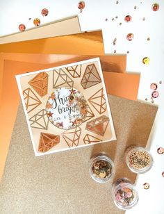 "Don't you just LOVE a shaker card! 😍🙌   Products Used: Shaker Domes, Circle, 2 1/2"", 6PK (663649), Opulent Cardstock Rose Gold, 50 Sheets (664543), Sequins & Beads, Rose Gold, 5PK (663865), Spring Icons Thinlits Die Set (664365)  #sizzix #papercraft #craft #diecutting #sizzix #creative #handmade #creative #craftsposure #cardmaking #cardideas #SizzixColorStory #shakercard Catalog Shopping, Shaker Cards, How To Make Light, Craft Materials, Color Stories, Craft Activities, Paper Cutting, Make Your Own, Cardmaking"