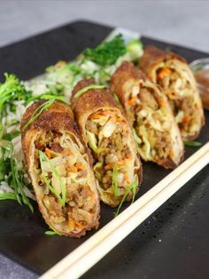 All the flavor of your favorite take-out dish wrapped up in a crispy eggroll. These General Tsos Eggrolls are made with our sweet and tangy No. 351 Brat and sauteed veggies, then wrapped in an eggroll and fried until crispy and golden. Asian Recipes, Healthy Recipes, Ethnic Recipes, Bratwurst Recipes, Chicken Egg Rolls, Egg Roll Recipes, Prime Rib Roast, Island Food, Asian Cooking